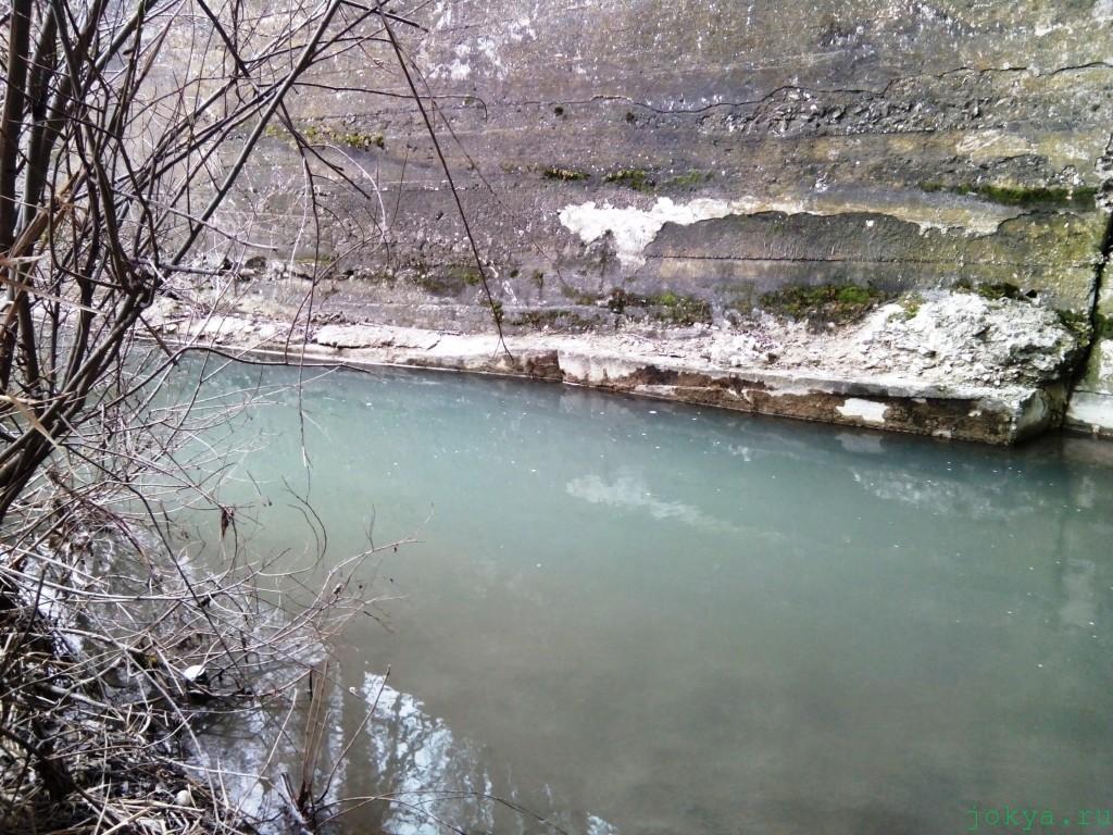 Ловля голавля на удочку под мостом фото заметка о Крыме jokya.ru