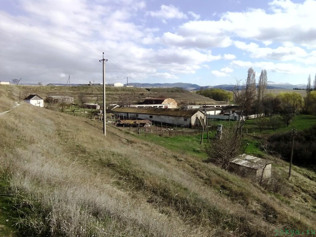 Подсобное хозяйство и водоем взрослого интерната в Крыму фото заметка о Крыме jokya.ru